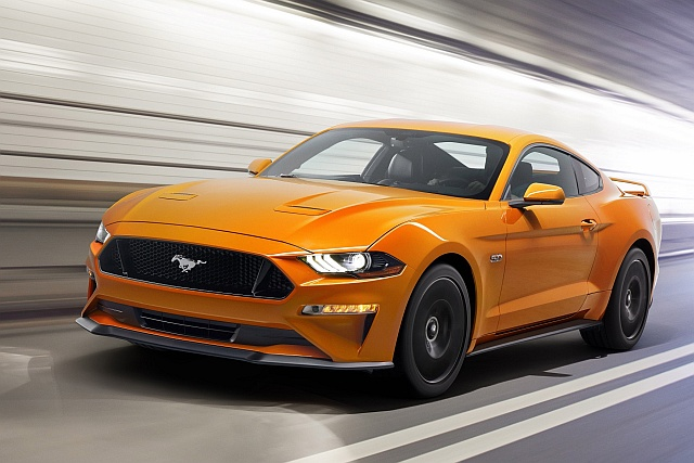 New-Ford-Mustang-V8-GT-with-Performace-Pack-in-Orange-Fury-640
