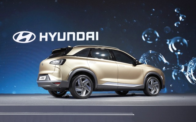 170817 Hyundai Motor s Next-Gen Fuel Cell SUV 6 1610